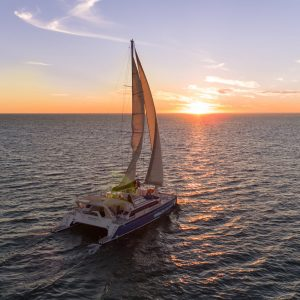 ningaloo-sunset-sails-1
